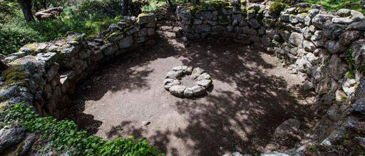 Noddule - Nuoro: Grande capanna circolare